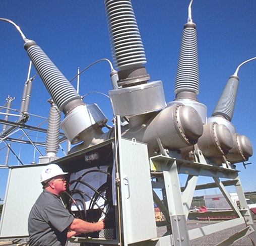 We have extensive experience in Power Generation facilities: Carbon, Thermoelectric, Hydroelectric, Solar, Oscillating Water and Eolic Technologies, including transmission, distribution and sub-stations.